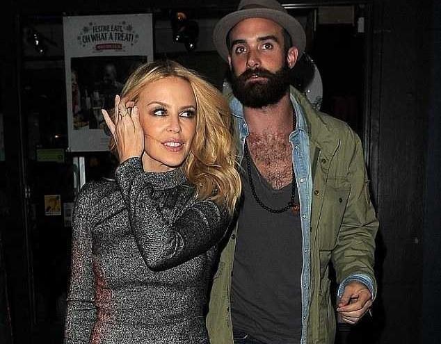 Kylie-Minogue-Joshua-Sasse-